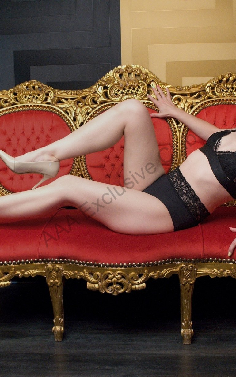 Photo Mellany - 32 yo girl Prague - photo 3